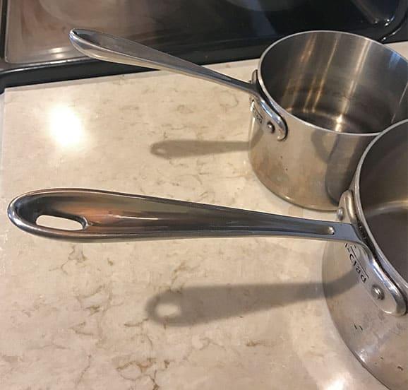 2-quart and 4-quart saucepan handles