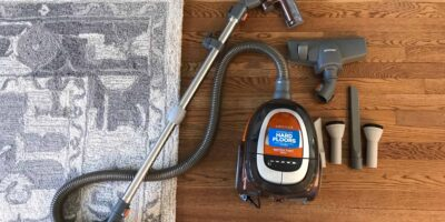 Top 4 Best Vacuums for Hardwood Floors and Area Rugs (With Pictures)
