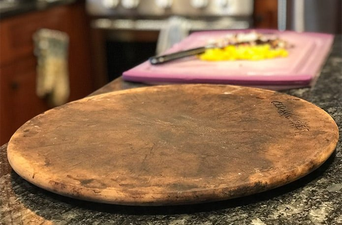 What is a pizza stone