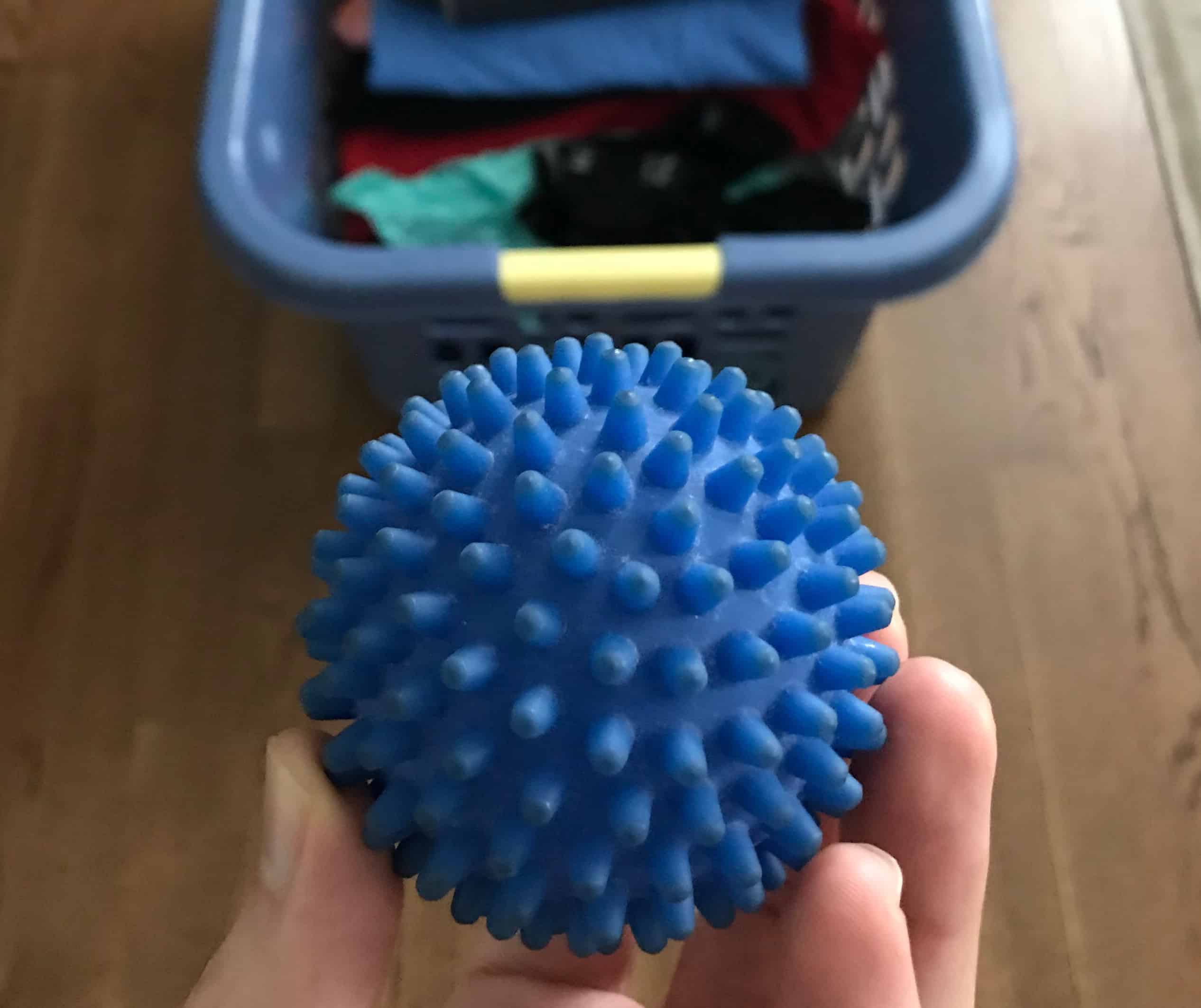 plastic spiky dryer ball