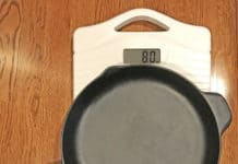 how much does a cast iron skillet weigh