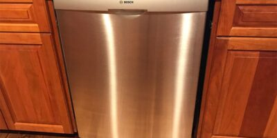How Much Does a Dishwasher Weigh? (With 27 Examples)