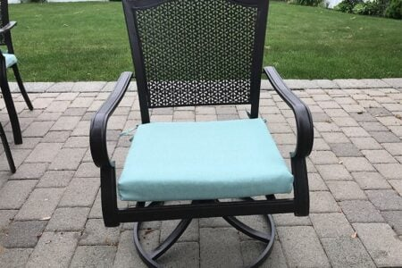 How to Remove Mold and Mildew From Outdoor Cushions (5 Simple Methods)