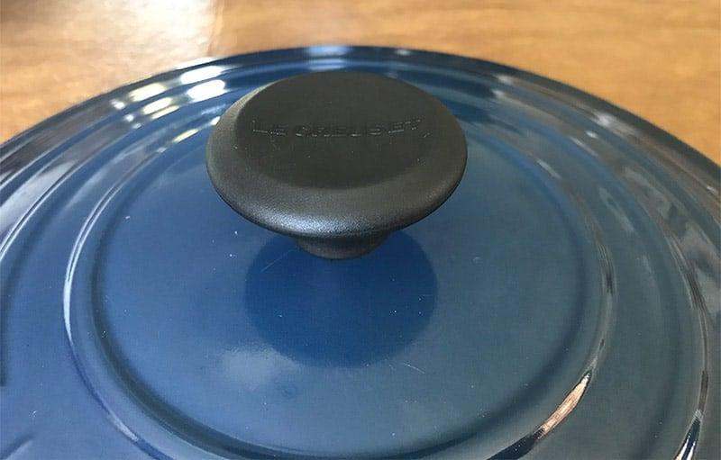Le Creuset Dutch oven lid knob