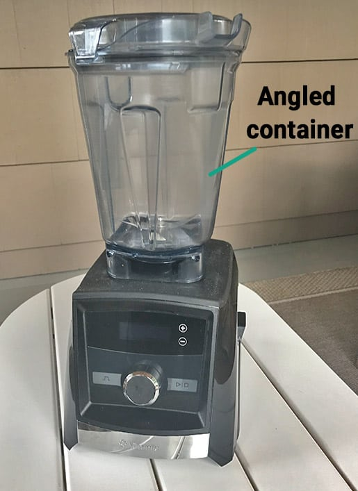 Vitamix angled container