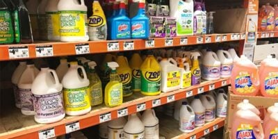 What Cleaning Products Contain Ammonia? (19 Examples)