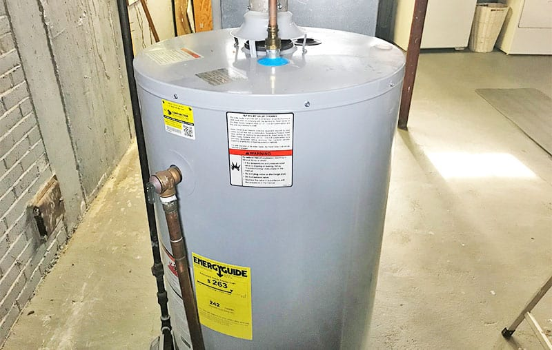 how much does a water heater weigh