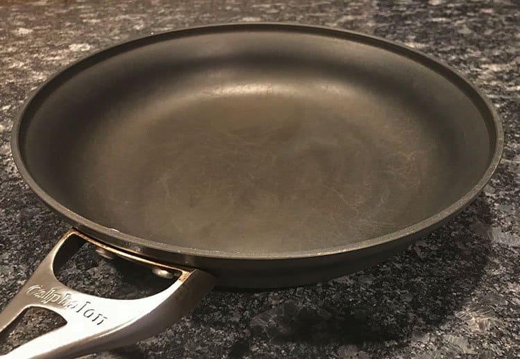 Calphalon interior cooking surface