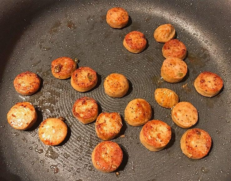 Cooking sausage in a Circulon pan