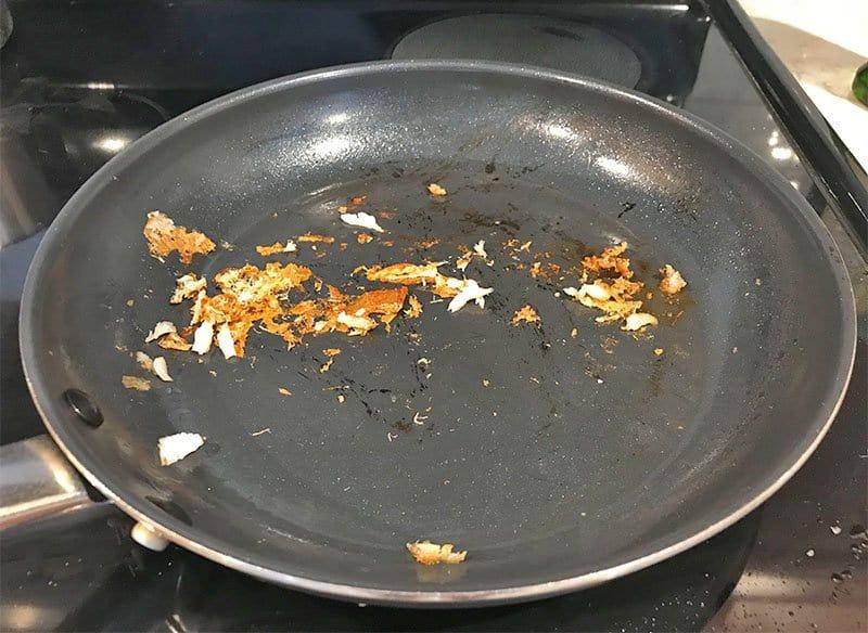 Food sticking to a ceramic non-stick pan