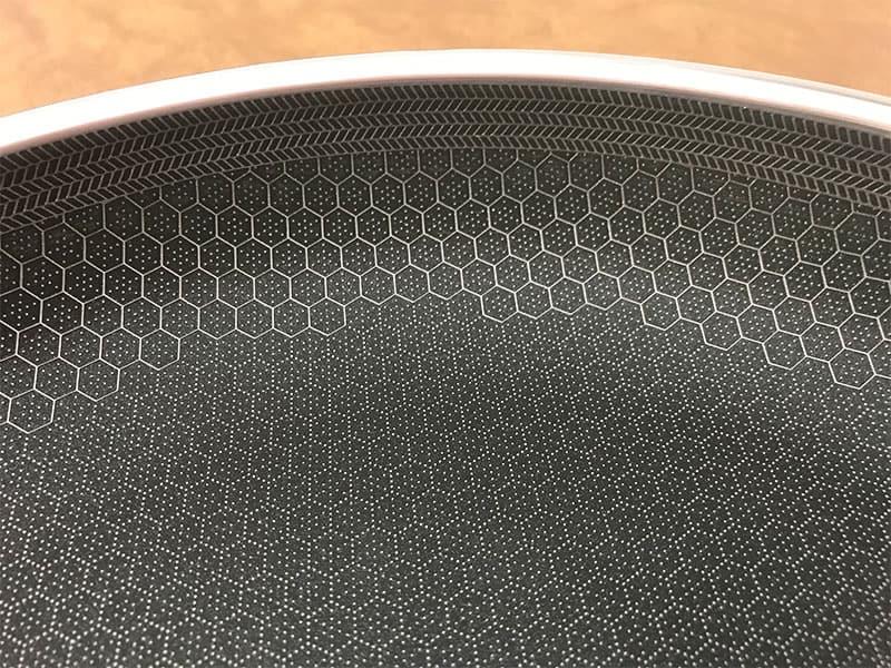 HexClad cookware hexagonal pattern