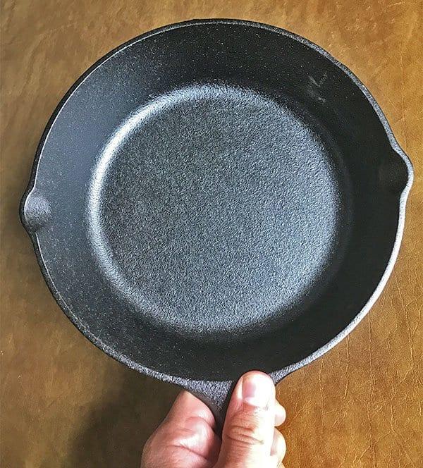 Lodge cast iron skillet bumpy texture