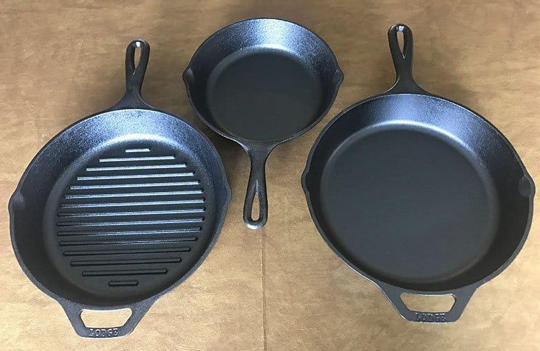 Lodge cast iron skillet sizes