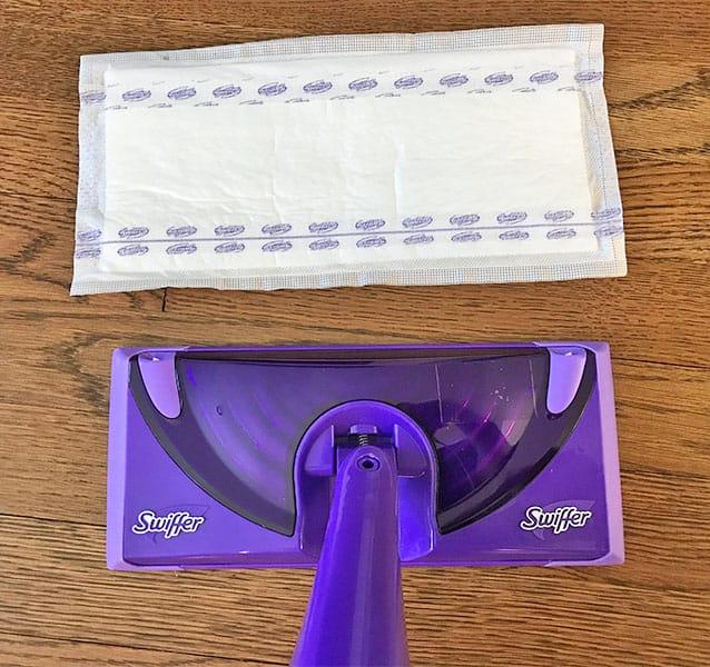 Swiffer WetJet attaching mop pad