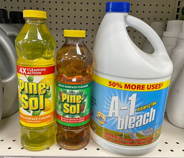 can you mix Pine-Sol and bleach